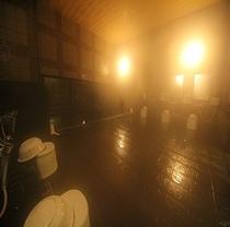 大浴場は15:00〜深夜2:00迄。朝は5:00〜10:00までご利用いただけます