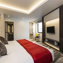 ベッドルームが2つあり広々と使えるスイートルーム(アンヌプリスイートルーム94平米)