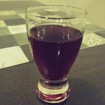 *自家製山葡萄酒