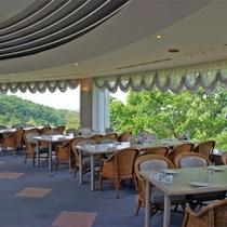 *180度パノラマ眺望のレストラン