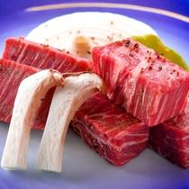 【牛ステーキ】安心の国産牛をご堪能ください♪