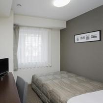 ◆ダブルスタンダード◆広さ15平米◆ベッド幅140cm◆