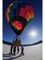 冬の熱気球