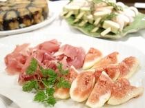 【La Porta -trattoria e bar-】イタリアから輸入された生ハムは絶品です。