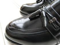 【靴磨きサービス】1日限定15足の真心サービスです。足元のお洒落も忘れずに♪