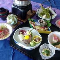 *【かねやす会席一例】地元の食材や旬の食材をふんだんに使った会席コース♪海の恵みをご堪能下さい。