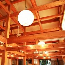 ■地元木材を使った建物