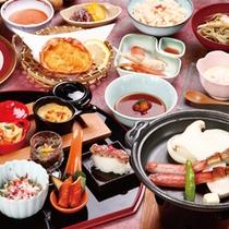 *「カニ会席一例」料理長が創意工夫を凝らしたさまざまな蟹料理をお楽しみください