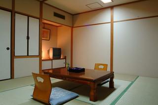 和室8畳・展望バストイレ付