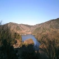 ホテルから見下ろす『龍姫湖』