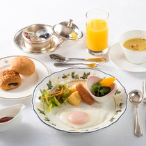洋風朝食の一例