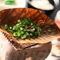 ■朝食の朴葉味噌。
