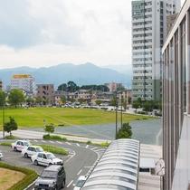 山形駅西口からの外観