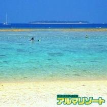 瀬底島ビーチ