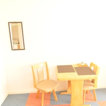 ツイン椅子テーブル