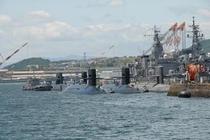 呉の『アレイからすこじま』 目の前に並ぶ潜水艦は圧巻♪ ホテルから約50分