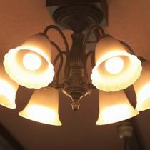 ■ロビー/レトロで情趣ある照明