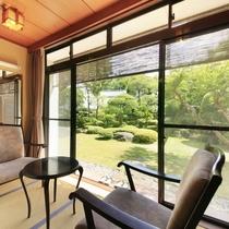 ■【温泉内風呂付】和風客室 ※景色一例/語らいのひと時を楽しんでください。