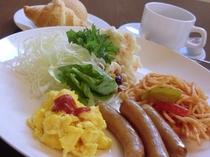 朝食バイキングの一例です(洋食)