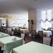 レストラン「レザン」 (ホール60席/個室1室)