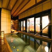 ◆畳敷きの貸切露天風呂【宝彩の湯】◆大切な方やご家族と気兼ねなく入浴されたい方に。