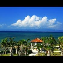 ★中庭から西表島の眺望