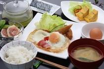 朝食700円かめらまん撮影