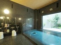 ラジウム人工温泉「旅人の湯」無色無臭のお湯はどなたにも好き嫌いなくお楽しみいただけます。