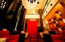ホテルサンダーソン ロビー1