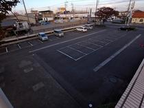 本館無料駐車場