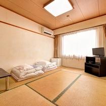 *和室6畳(客室一例)/一人旅やビジネスに◎畳の香りがほのかに薫るお部屋でのんびりとお寛ぎ下さい。