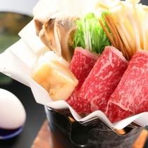 """鍋ものは上州牛すき焼きをご用意。群馬は""""すき焼き応援県""""なのです。"""
