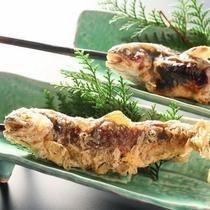 名物、岩魚の唐揚げはバリっと骨まで食べられます。
