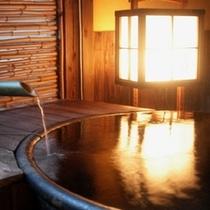 露天風呂付き客室【葵(あおい)】茶室を思わせる造りでリラックスできます!