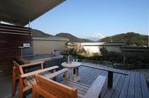テラス付スイートツイン「富士を望むテラス露天風呂」