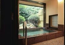 椿苑露天風呂付客室