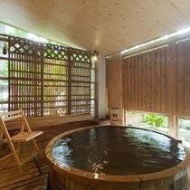 「吉祥亭特別室」の露天風呂