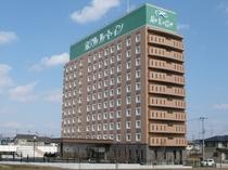 ◆ホテル外観◆郡山インターチェンジからわずか1㎞の好立地です