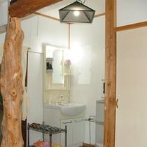*離れ山荘タイプ/洗面スペース。暮らすような感覚で滞在していただけます!