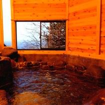 *貸切風呂[大]/露天風呂風の広々としたお風呂。グループやファミリーみんなで温泉をお楽しみください☆