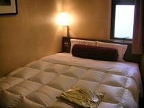 1600幅ベッド