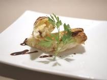 タラバ蟹のパイ(前菜)