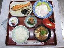 朝食 ¥800-税込み(要予約)