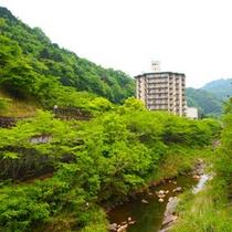 【外観】讃岐の奥座敷といわれる塩江温泉郷にある老舗ホテル