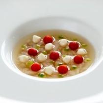 【前菜一例】彩り豊かな庄内野菜を使用し、主張しすぎない最初の一皿