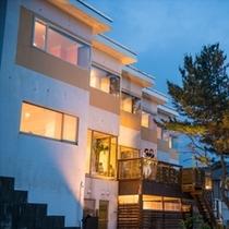 【西洋茶寮へようこそ】日本海沿いの山間に建つ非日常に誘う大人の為のオーベルジュ