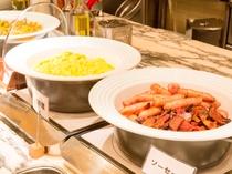 朝食ビュッフェ(肉料理)Buffet(Meat Dish)