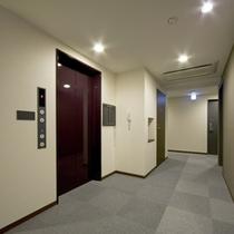 *【エレベーターホール】