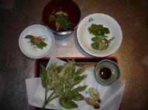 山菜料理の一例