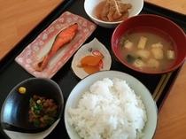 朝食の和食
